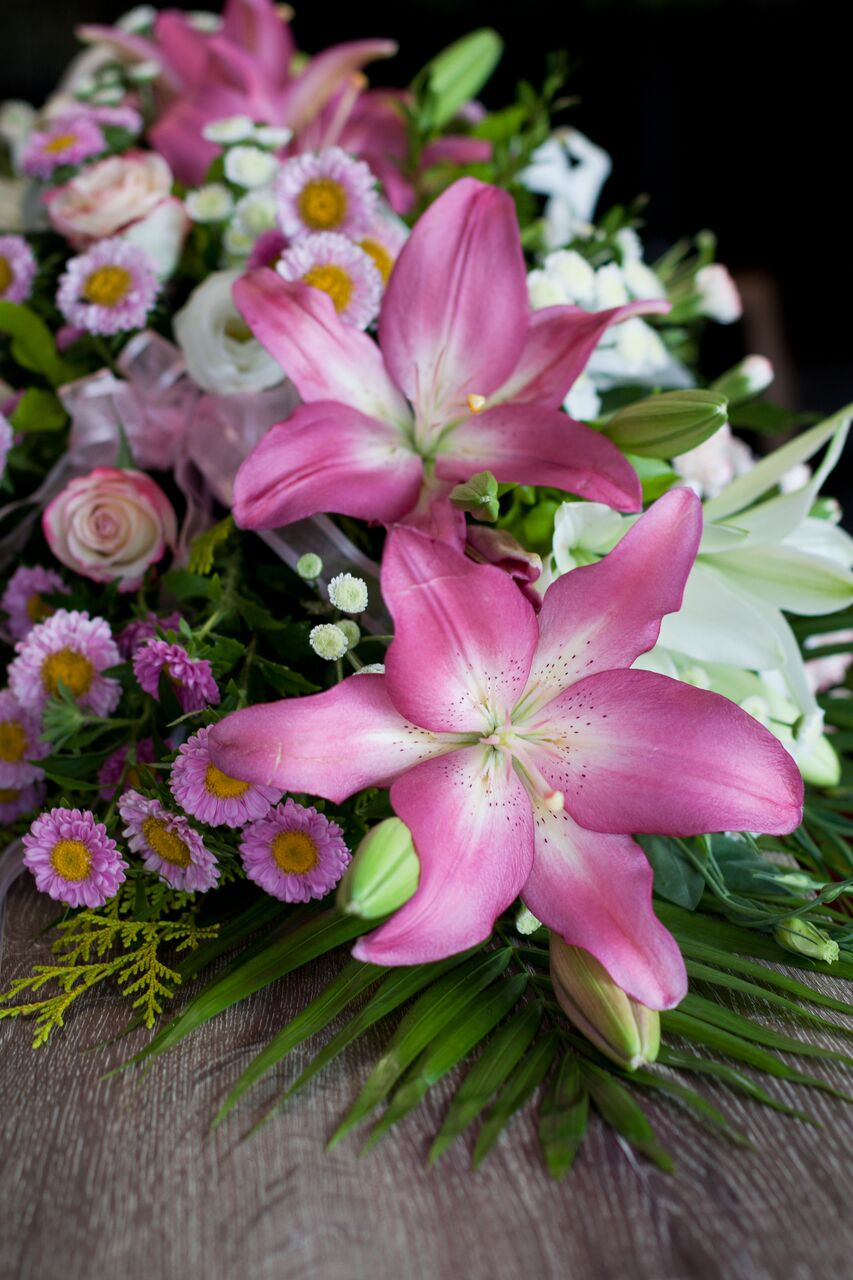 Floral selection gateway funeral services your own florist that you wish to use or you want to do that yourself as a final duty to your loved one then you are welcome to do that as well solutioingenieria Choice Image